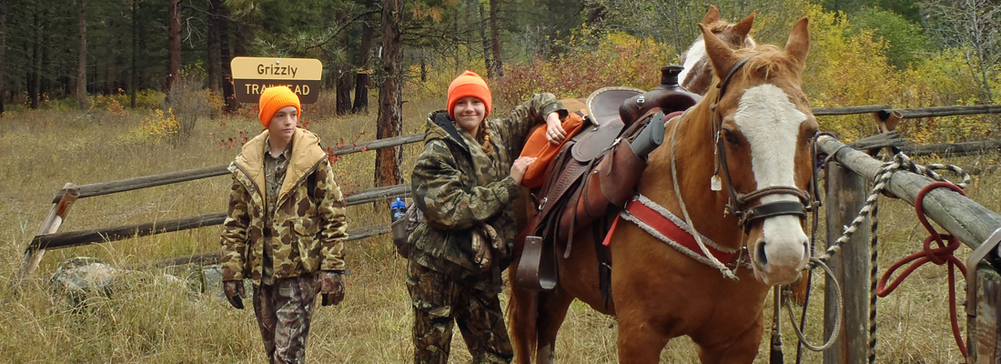 Fall pack hunting trips in Montana